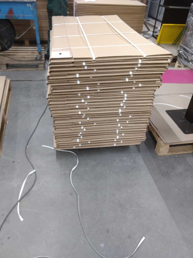 At times up to 50 displays per pallet